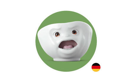 We gave sarcastic Grumpy cup an Instagram channel, this is what happend (German)
